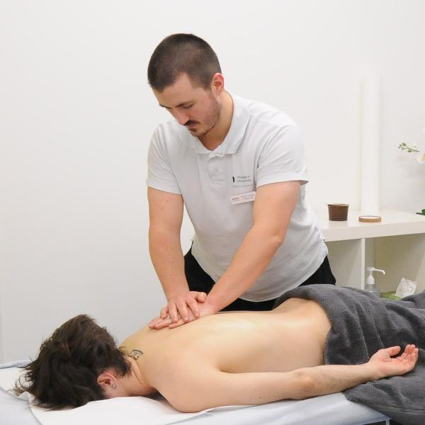 Samuel Tinguely massage